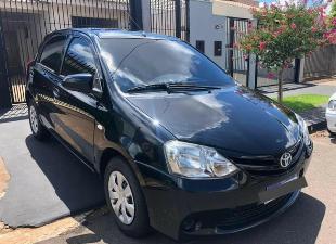 Toyota Etios X 1.3 Flex Completo - 2014