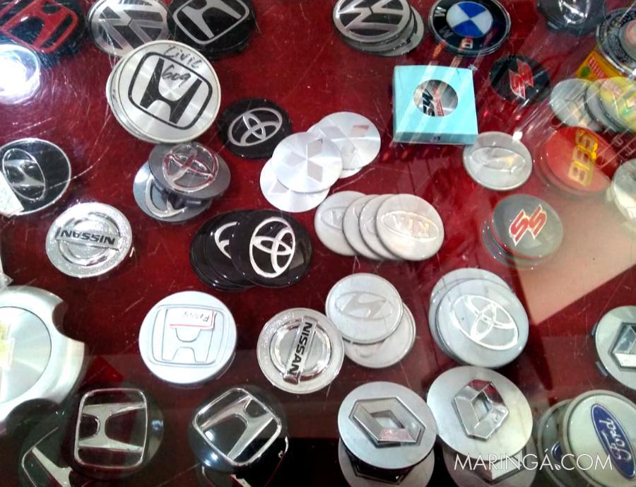 Emblemas automotivos
