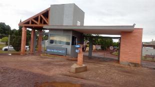 aluga casa no condominio barra  II  em ivatuba